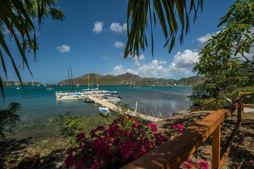 The Lodge - Antigua,