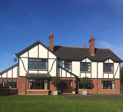 Greenfields Country House,