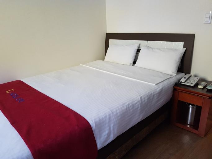Gwang Jang Hotel, Dong