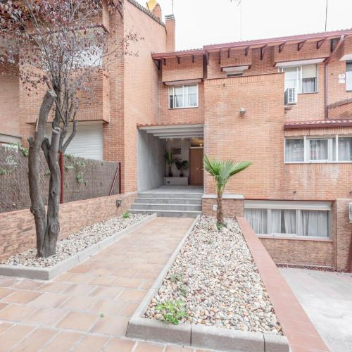 Chalet Alameda de Osuna, Madrid