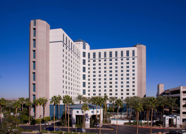 Hilton Grand Vacations Paradise Convention Center, Clark