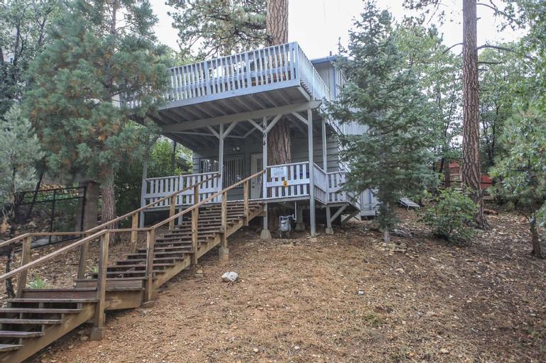 Tree House, San Bernardino