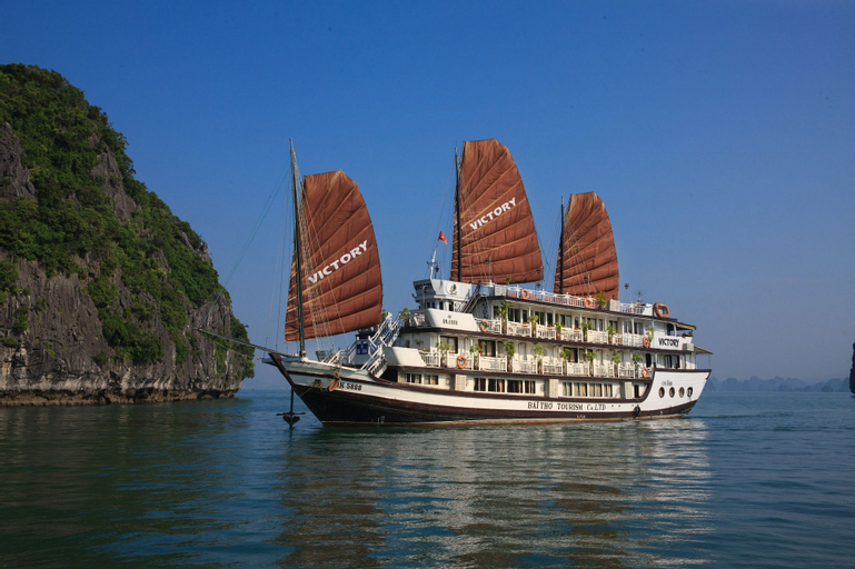 Victory Cruise, Hạ Long