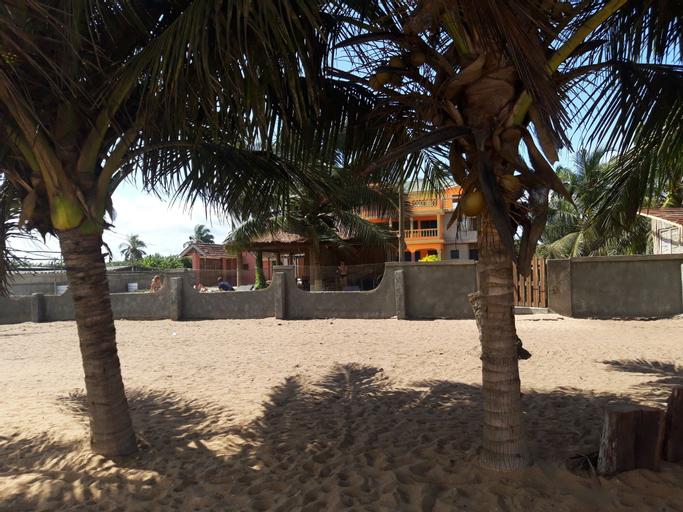The Beach house, Komenda-Edina-Eguafo-Abirem