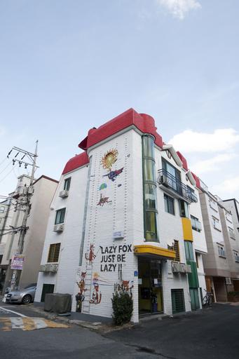 Lazy Fox Hostel, Seodaemun