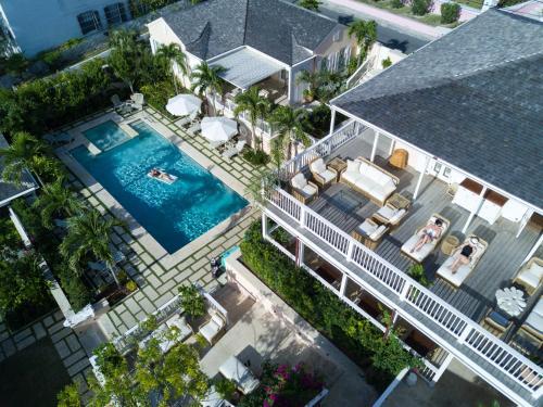 Eleven Experience Bahama House,