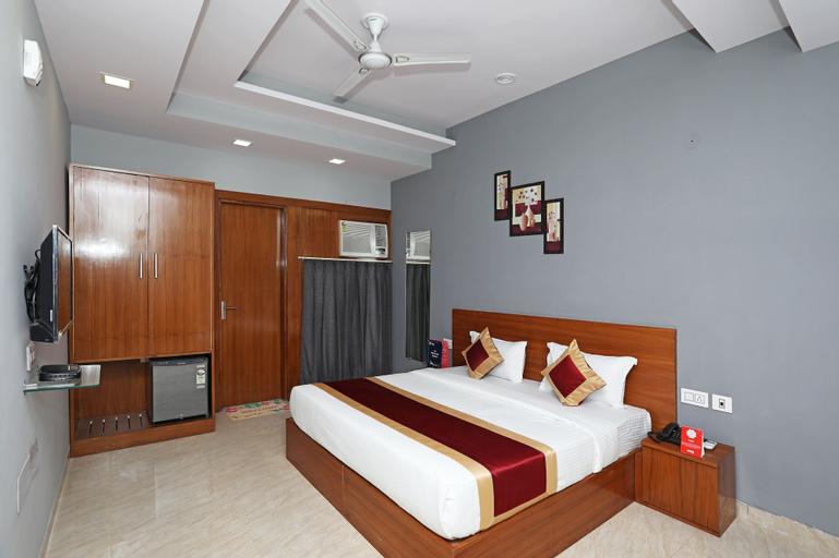 OYO 9965 Aashiyana Paradise, Gurgaon