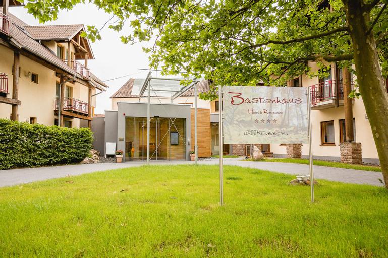 Hotel-Restaurant Bastenhaus, Donnersbergkreis