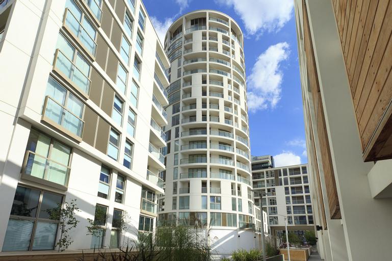 SACO Canary Wharf - Trinity Tower, London
