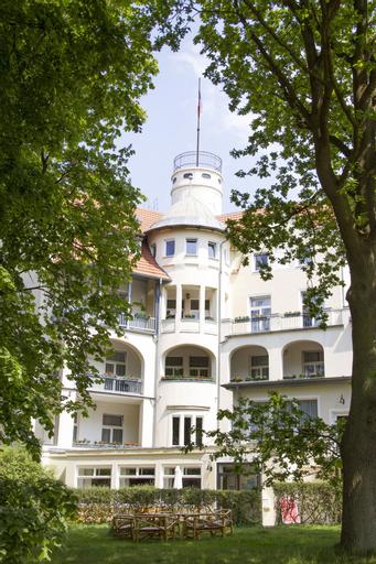 Waldschloss Parow, Vorpommern-Greifswald