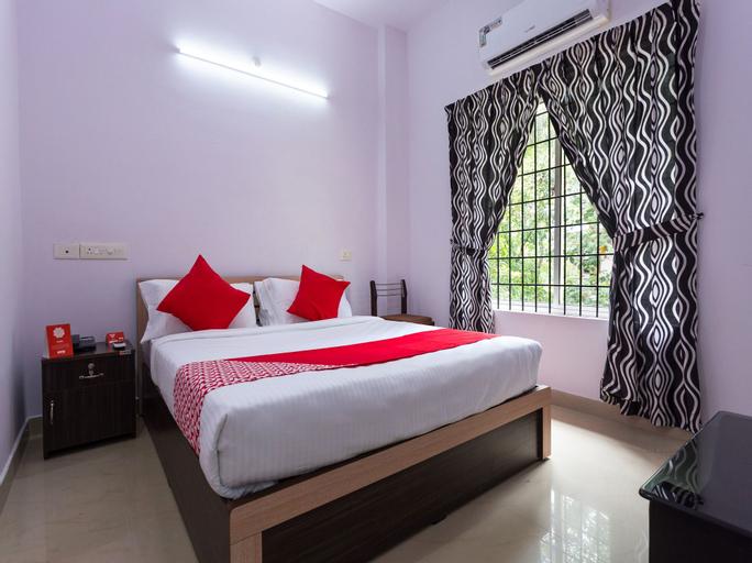 OYO 15599 Reem Residency, Ernakulam