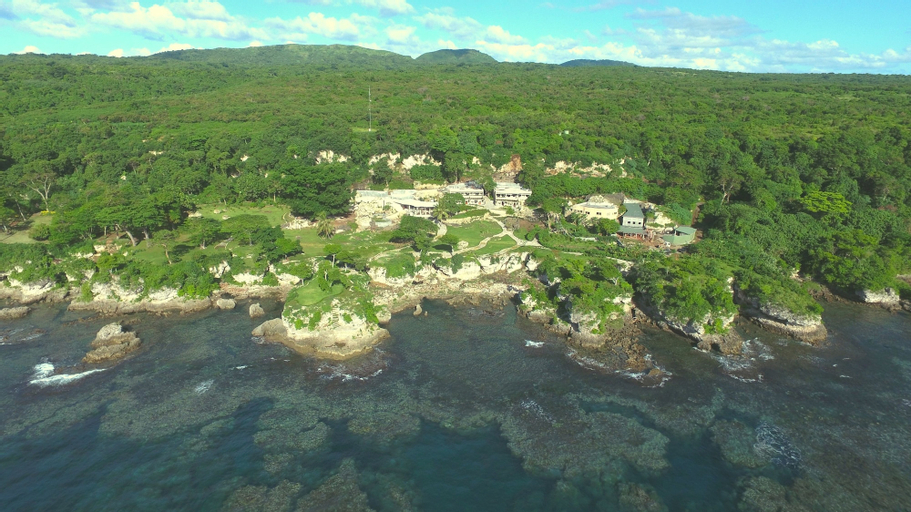 Rockwater Resort, West Tanna