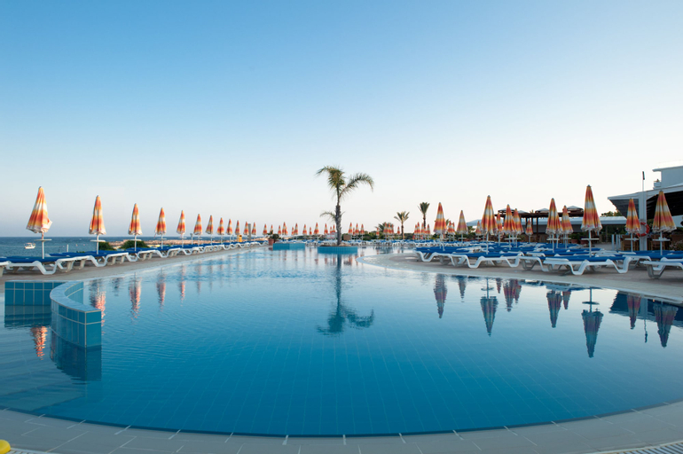 Asterias Beach Hotel,