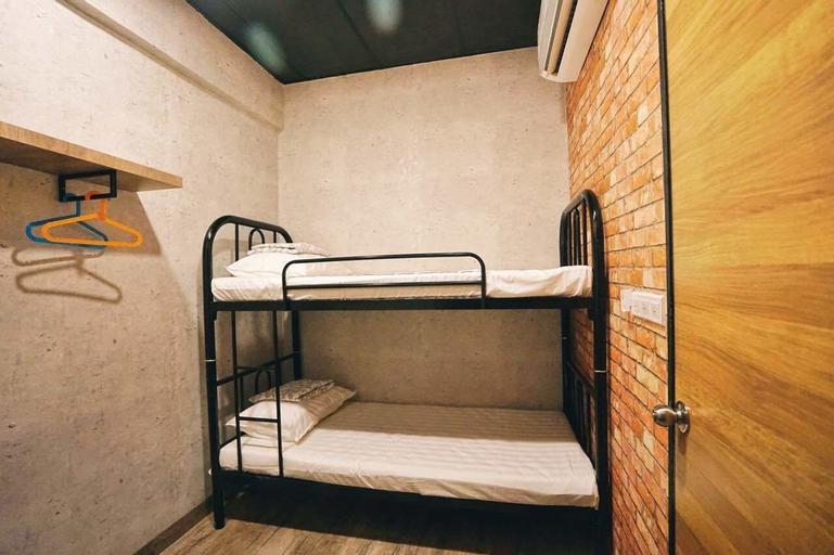 Cube Bed Station - Hostel, Semporna
