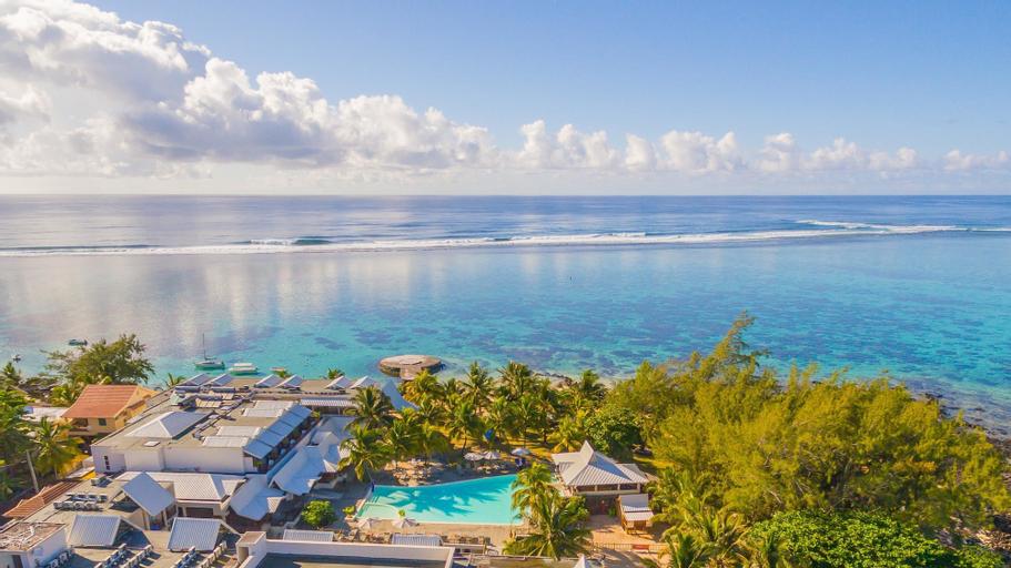 Le Peninsula Bay Beach Resort,