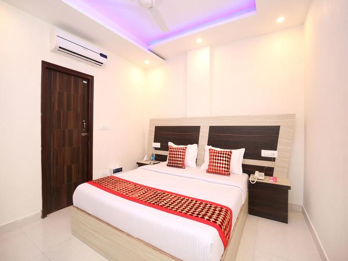 OYO 12258 Royal Residency, Sahibzada Ajit Singh Nagar