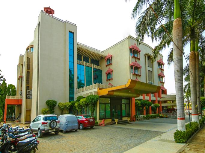 OYO 13279 Hotel Jabali Palace, Jabalpur