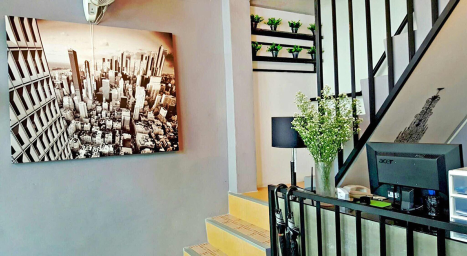 Add Home Hostel, Don Muang