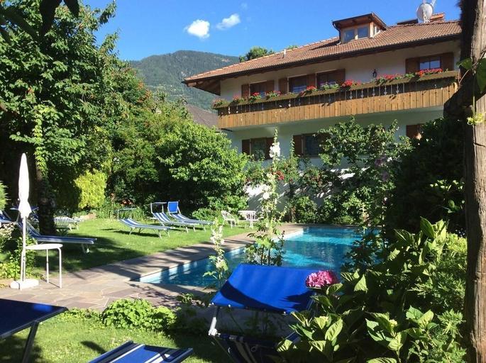 Pension Winzerhof, Bolzano