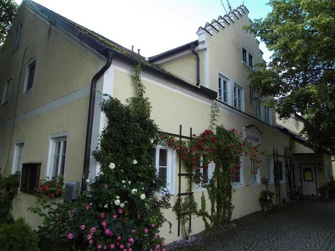 Landhotel Schloß Tunzenberg, Dingolfing-Landau