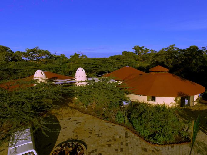 Azure Mara Haven, Narok West