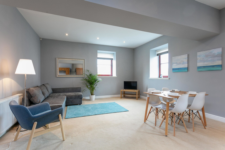 Elliot Suite No3 - Donnini Apartments, South Ayrshire