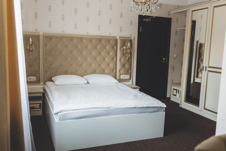 Oscar Hotel, Kursk
