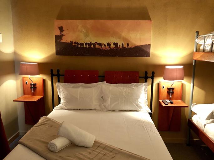 Travel Inn Kroonstad, Fezile Dabi