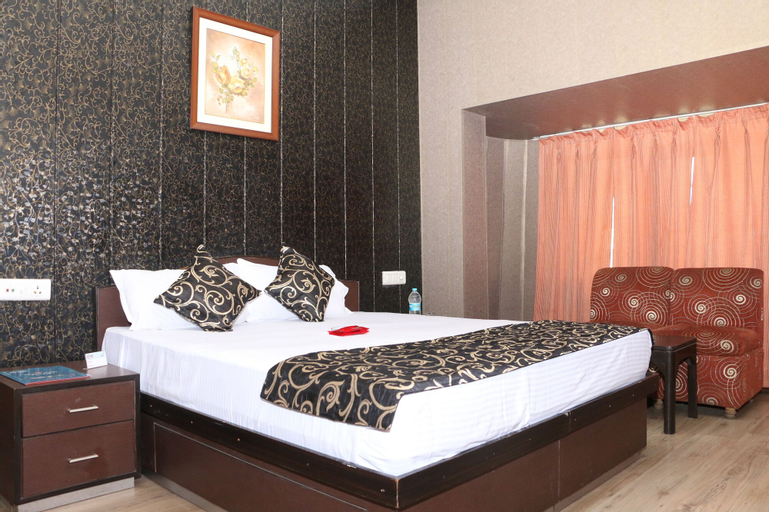 OYO 1072 Hotel Leela Classic, Ludhiana