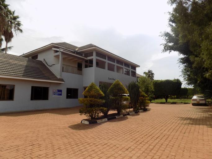 Kumi Hotel, Kumi