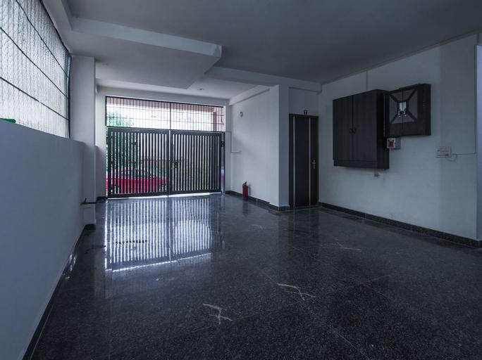 OYO 429 Hotel Kisna Residency, Gurgaon