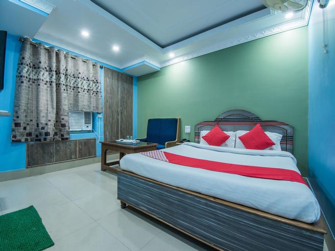 OYO 8300 Mundrika Delux, Patna