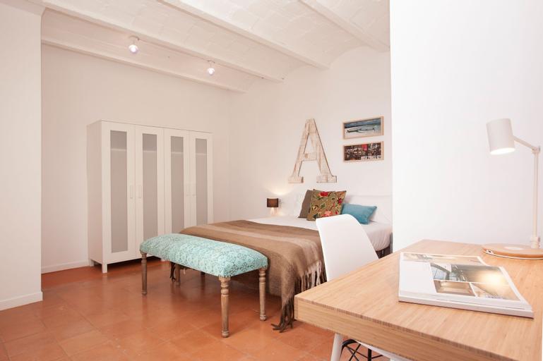 Click&Flat Europa Fira Apartments, Barcelona