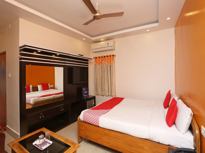 OYO 7847 New Mega Palace, Patna