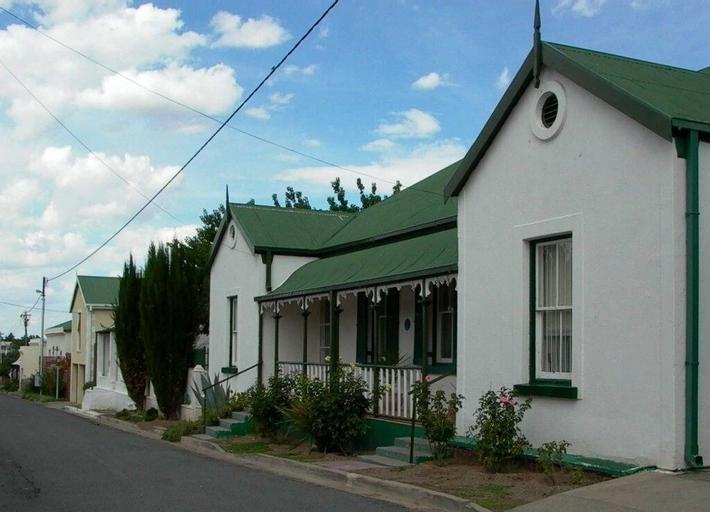 Toverberg Guest Houses, Pixley ka Seme