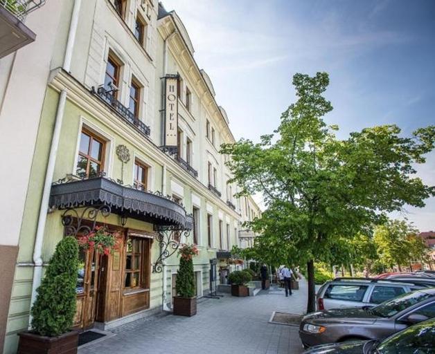 Hotel Pod Złotą Różą, Kielce City
