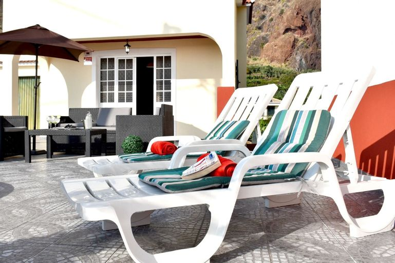 House With 2 Bedrooms in Paúl do Mar, With Wonderful sea View, Furnish, Calheta