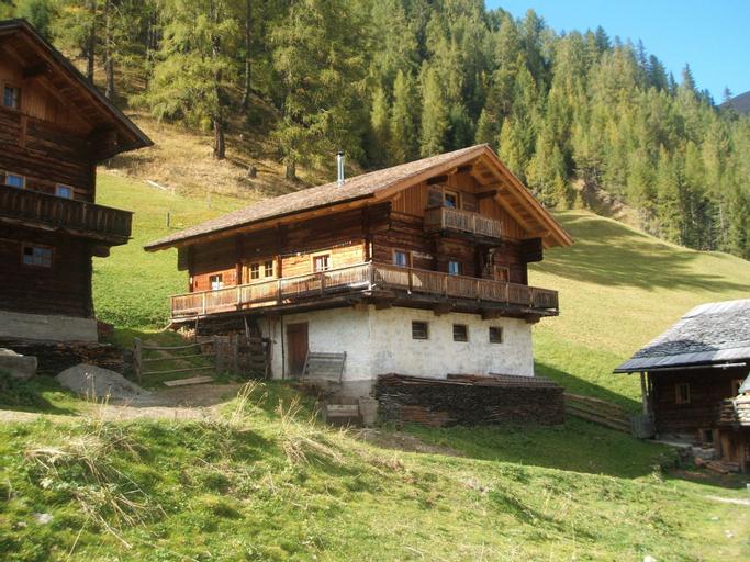 Ferienwohnungen am Berg - Almhütte Alfen, Lienz