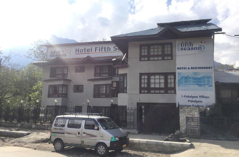 OYO 22456 Hotel Fifth Season, Anantnag