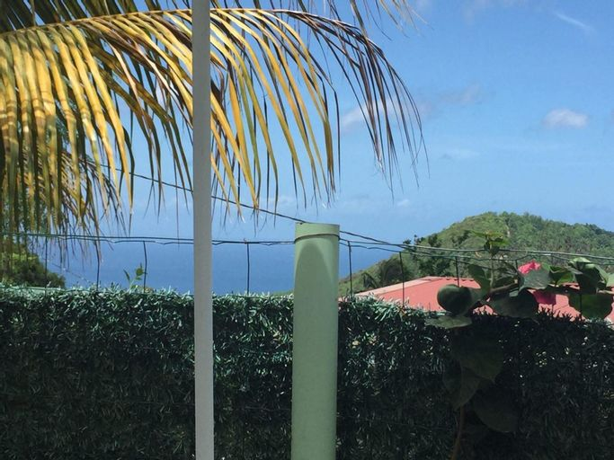 Apartment With 2 Bedrooms in Sainte-luce, With Enclosed Garden and Wifi - 3 km From the Beach, Basse-Pointe