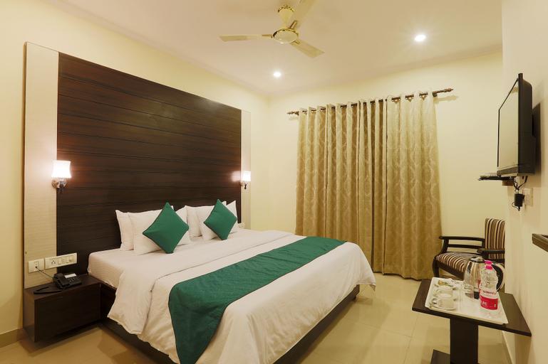 Hotel Chanakya Inn, West