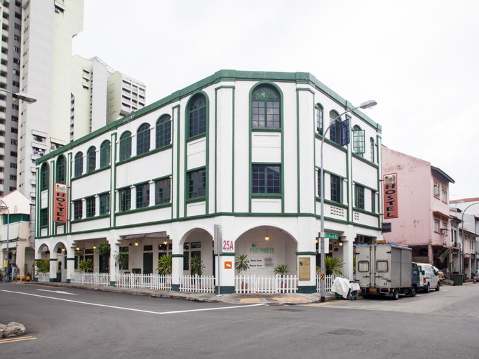 Footprints Hostel (SG Clean Certified), Rochor