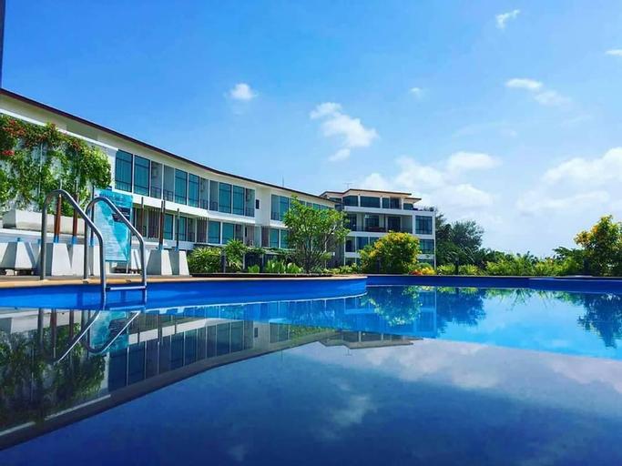 The Beach Resort & Residence, Pathiu
