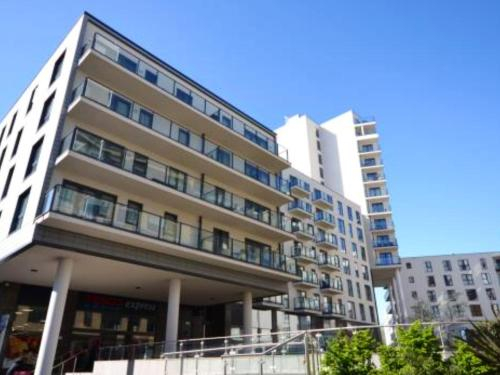 New Central Woking 1 and 2 Bedroom Apartments, Surrey