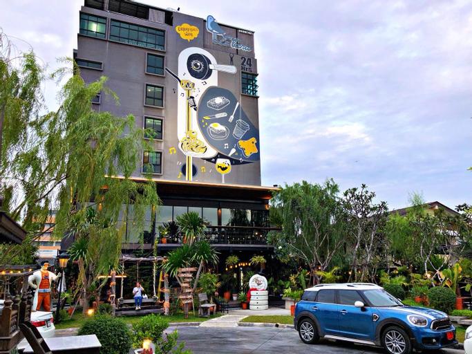 Letana Hotel Samuprakarn, Bang Plee
