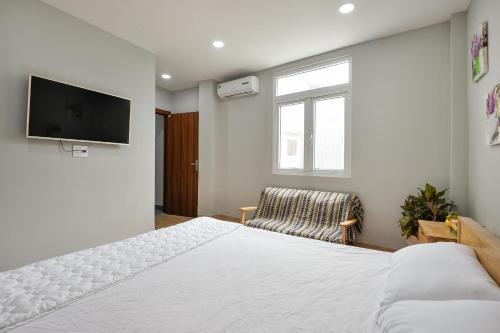 Brand-new Luxury Apartment, Quận 3