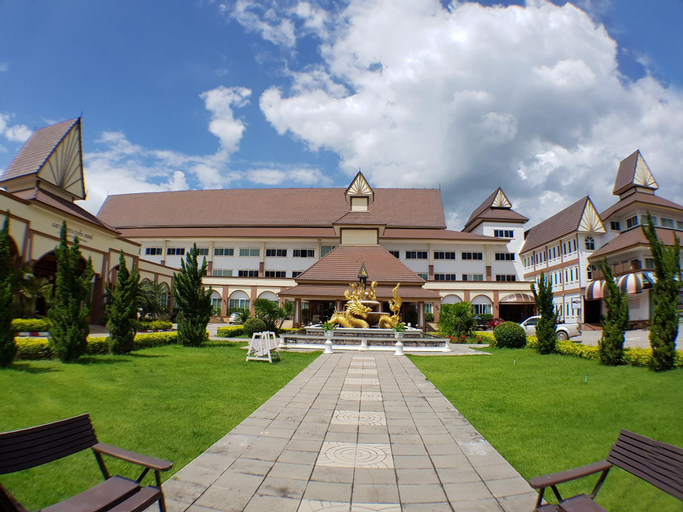 Major Grand Hotel, Chum Phae