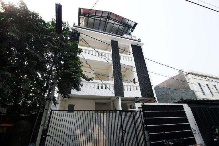 Kamar Keluarga Kampung Bali III, Central Jakarta