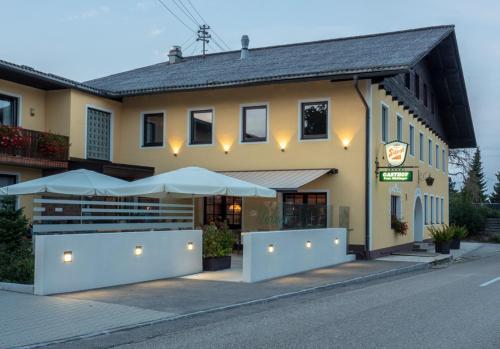 Gasthof Dickinger, Wels Land