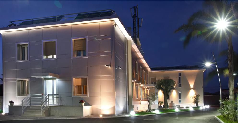 Hotel Plana, Caserta